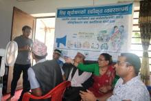 उपाध्यक्ष श्री माया देवी श्रेष्ठ ज्यूले प्रशिक्षक ज्यूसंग केहि जिज्ञासा राख्दै